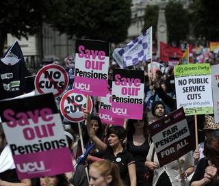 Rozpoczął się 24-godzinny strajk sektora publicznego