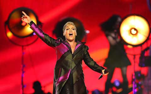 Nowy teledysk Pink! Gwiazdę zastępują drag queens z Londynu