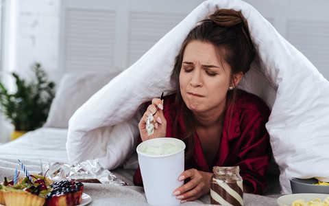 Kobiety częściej zajadają stres niż mężczyźni