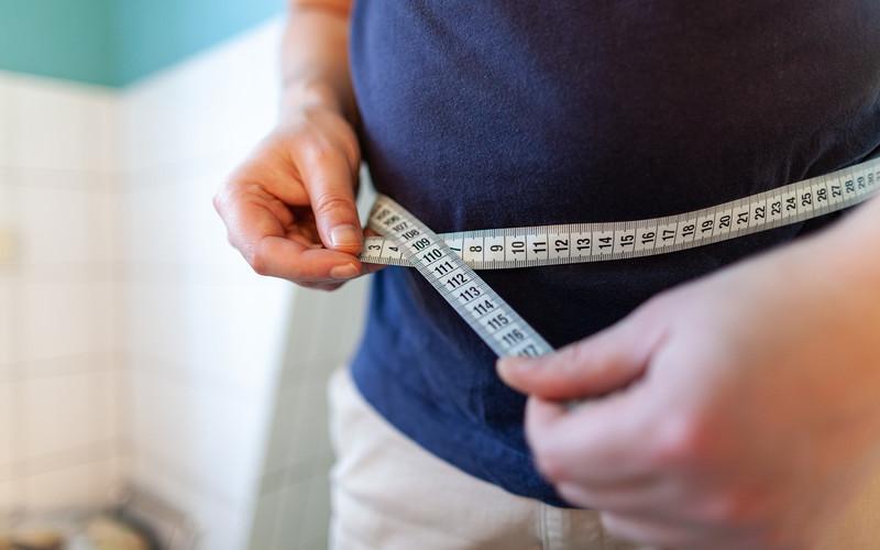 Naukowcy odkryli, że jedną z przyczyn otyłości może być... pestycyd