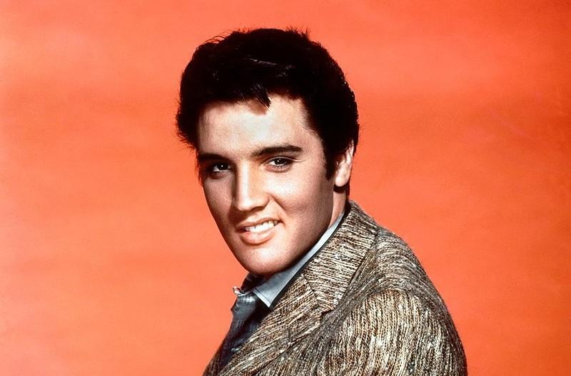 Nie warto kupować włosów Elvisa Presleya...