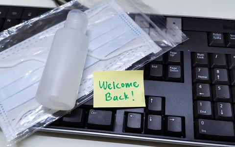 Czas na powrót do biur! Jak nie oszaleć po miesiącach pracy zdalnej?
