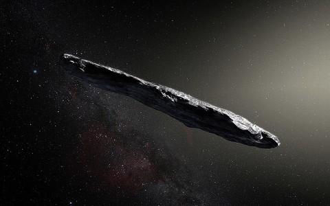 Czy Oumuamua to statek zwiadowczy kosmitów udający się na Ziemię?