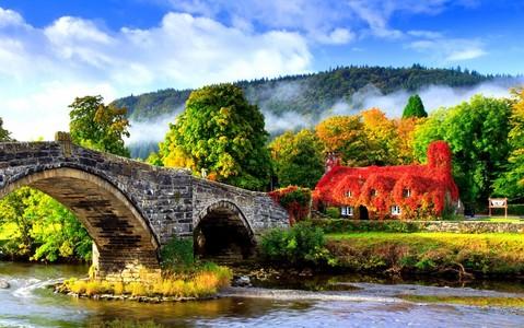 Baśniowe miejsca w UK, które trzeba zobaczyć jesienią
