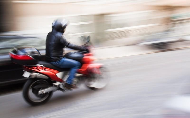 Polak uzyskuje ponad pół miliona funtów odszkodowania za wypadek na motorze