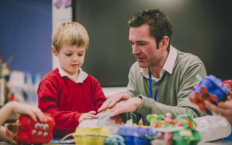Bezpłatna edukacja dla maluchów w UK