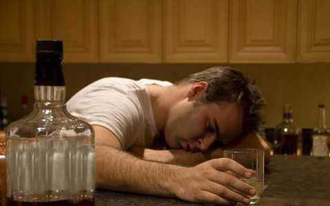 Alkoholizm - gdzie w UK szukać pomocy?