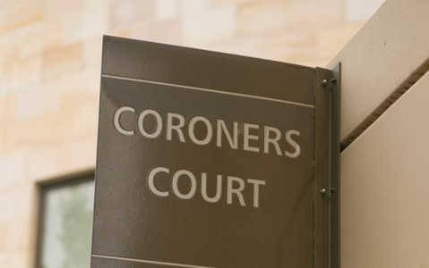 Koronerzy, sekcje zwłok i dochodzenia