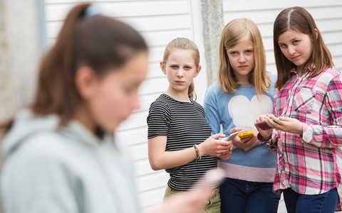 Cyberbullying: Nowe zagrożenie dla dzieci